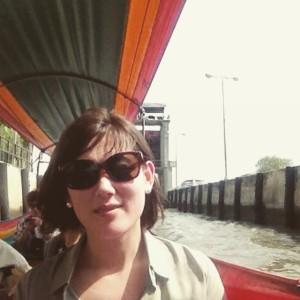 タイの川で風を感じる